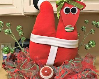 Santa Centerpiece Table Topper