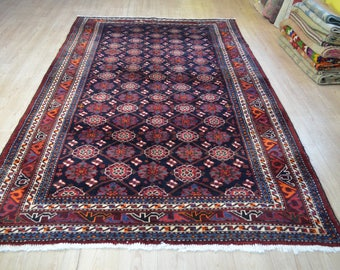 Persian vintage rug. Persian carpet. Vintage carpet. Tribal vintage rug. Large persian rug. Free shipping. 10.1 x 6 feet.