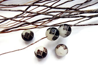 2 beads of Lotus Flower carved 10 mm Bodhi seed
