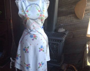 Beautiful Upcycled vintage tablecloth apron.