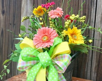 Spring Arrangement, Daisy Floral Arrangement, Spring Centerpieces, Spring Table Arrangment, Spring floral arrangement, Spring decor