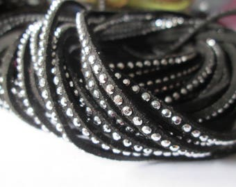 1 m of Black Suede cord 3 mm silver rivets