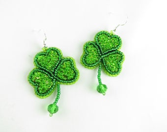 Beaded St. Patrick earrings Clover green earrings St. Patrick's Day earrings Irish Clover earring Holiday earrings St. Patrick's day jewelry