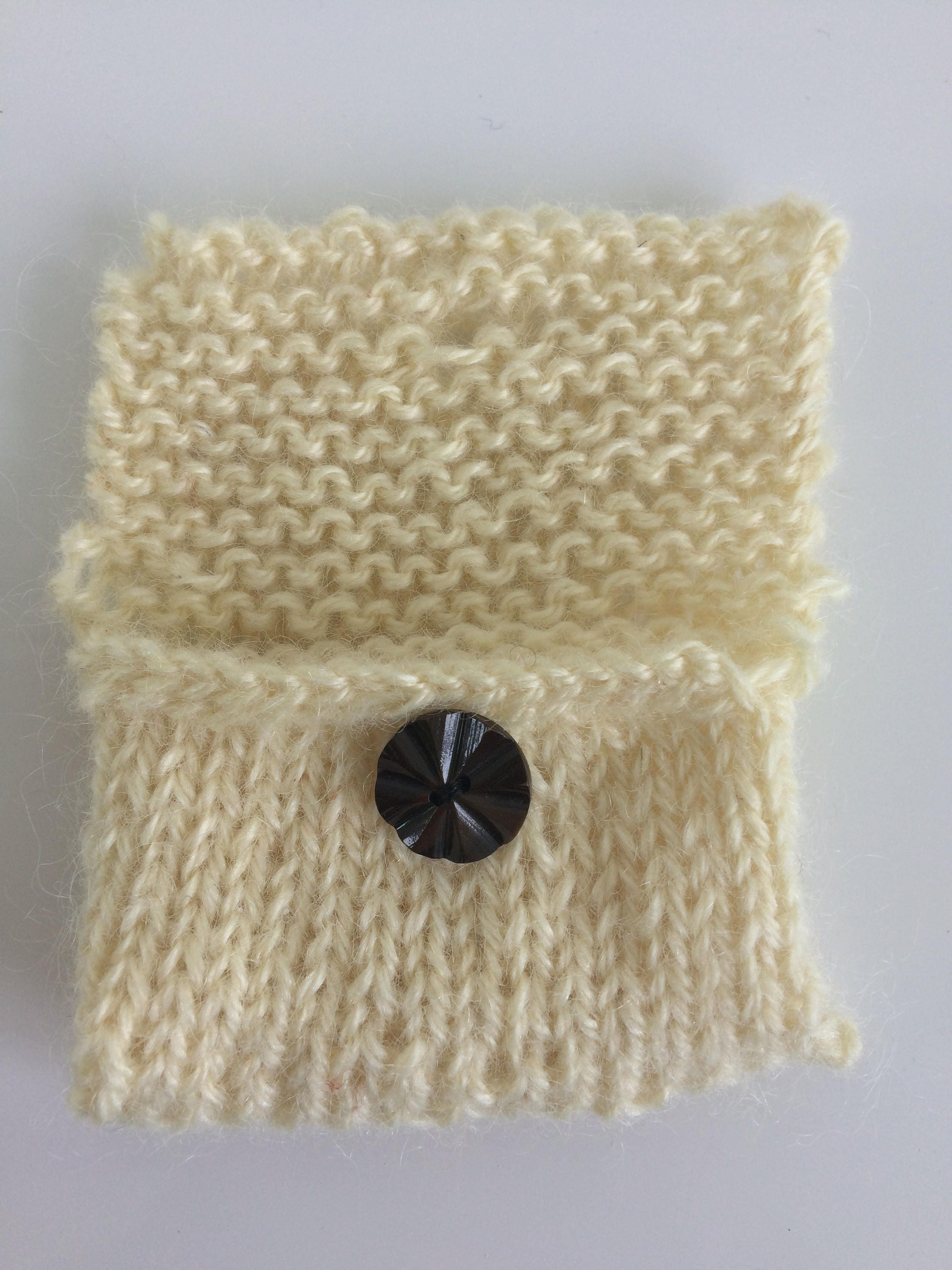 eco friendly credit card holder organic undyed wool hand knit