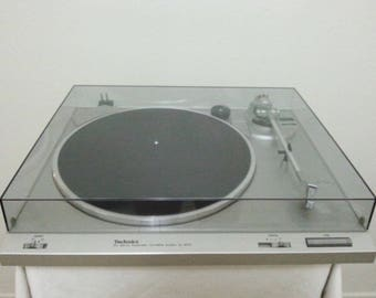 Vintage Technics SL-B210 Auto Return Turntable/Very Good Working Condition