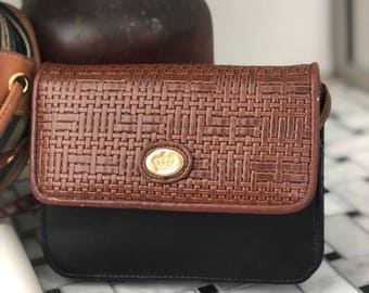 Vintage Style Coin Purse/Wallet!
