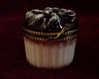 "Delicious Limoges Hand Painted ""Peint Mein"" Soufflé Ramekin Shape Trinket Box"