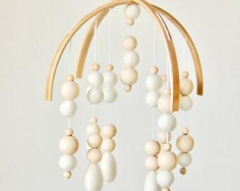Felt ball mobile with drops •  Handmade nursery mobile • W H I T E & W O O D