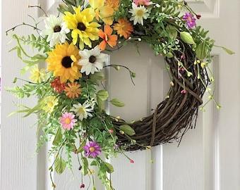 Summer wreath for front door,Flower berry wreath,Front door wreath,Sunflower wreath