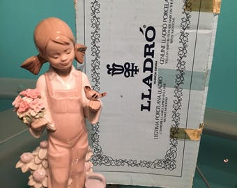 Lladro porcelain figurine Primavera infantil
