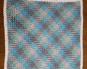 Argyle patterned Baby blanket