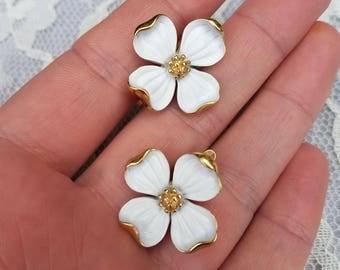 Trifari 'Spring Dogwood' Clip-On Earrings-Gold Tone
