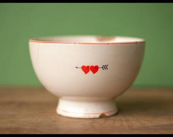 Vintage ceramic bowl Gilman Sacavém, made in Portugal, Bowl Valentine red heart, arrow, collection, lunch, decoration kitchen, 70s