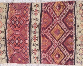 RASPBERRY - A Small Vintage Turkish Kilim Rug
