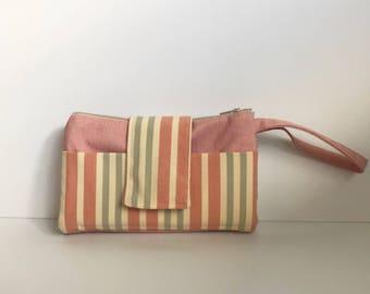 Wallet, wrist purse