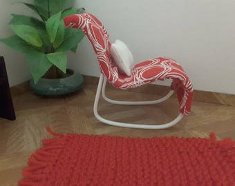 1/6 scael barbie size rockig chair for barbies..