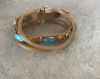 Vintage Costume Mesh Bracelet / Gold Tone