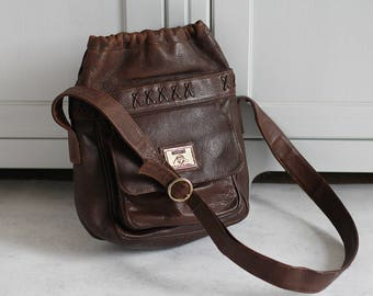 1980s MOSCHINO BY REDWALL Hobo bag Vintage leather brown sac Crossbody / shoulder bag Retro 80s high fashion for women Italy