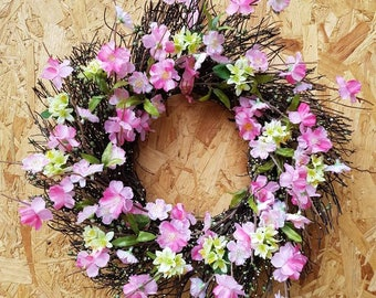 Floral wreath, country chic, rustic wreath, floral decor, pink wreath, flower wreath, spring flowers, spring wreath, cottage garden