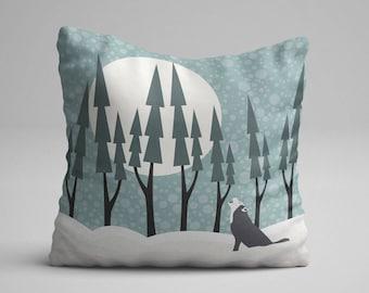 Winter Pillow, Christmas Pillow, Wolf Throw Pillow, Wolf Pillow, Winter Throw Pillow, Art Pillow, Nursery Throw Pillow, Decorative Pillow