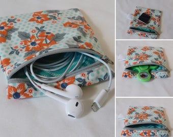 Coin purse , zipper pouch, fidget spinner case, fidget spinner holder, lipsence, school supplies, wallet, earbud case
