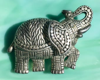Silver Elephant Pin | Elephant Brooch | Elephant Jewelry | Animal Pins | Gifts for Her | AnImal Lover | Vintage Jewelry