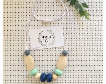 Ivory garden ~ silicone teething necklace