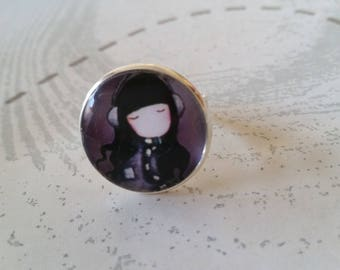 ring cabochon girl with headphones