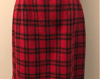 Amanda Smith Red And Black Plaid Wool Skirt - Women's Size 14