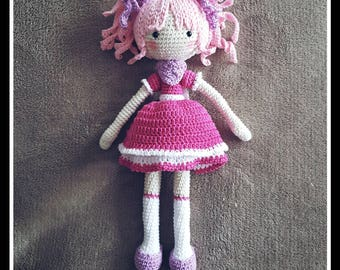 Crocheted amigurumi doll girl cute gift idea gehäkelt puppe süß geschenk idee