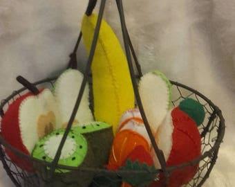 Felt fruit basket to play the Dinette