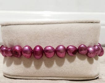 Violet Freshwater Pearl Bracelet
