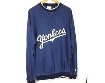 YANKEES Cooperstown Collection by Starter Long Sleeve Baseball Sweatshirt Large Size with Big Embroidered Logo