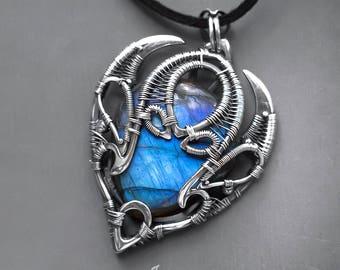 Blue labradorite pendant // Silver wire wrapped blue labradorite necklace // Heady pendant // Heady wire wrapped necklace // Heady jewelry