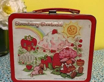 Vintage 1980 Alladin Strawberry Shortcake Lunch Box