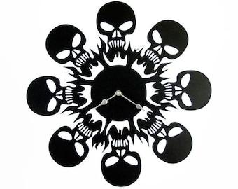 Metal wall clock with skulls, Fashion wall clock, Metal art decoration