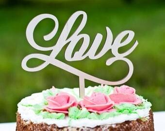 Wedding cake topper Mr and Mrs cake topper with surname Heart cake topper Custom cake topper Personalized cake topper Date cake topper