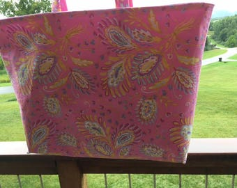 """The """"Catherine"""" Large Reversible Pink Paisley Tote//beach bag//shopper//carry all//shoulder bag//bridal gift//women's gift"""