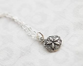 Silver Sand Dollar Necklace, Silver Sand Dollar Charm, Beach Jewelry, Sanddollar Necklace, Beach Lovers Gift, Beach lover Necklace