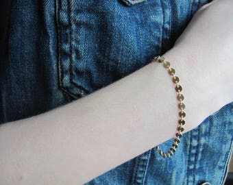 Gold Coin Bracelet, Dainty  Bracelet,  Disc Bracelet, Stacking bracelet, 14K gold fill, Bridesmaid gift, everyday bracelet