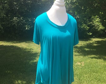 Favorite Tee with High/Low Curved Hem - Different colors options