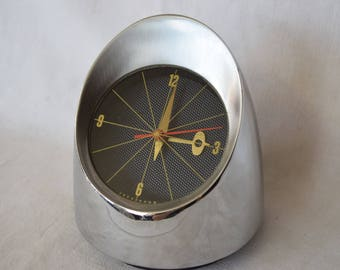 Vintage Clock, Mid Century Timepiece, Jefferson 500 Clock, Jefferson Bullet, Jefferson Headlight, Bullet Clock, Made in USA, Chrome Clock