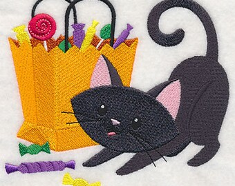 Candy Crazy Kitty, Embroidered Halloween Tea Towel, Cute Halloween Decoration, Halloween Dish Towel, Cat Dish Towel