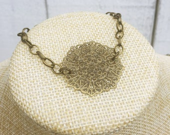 Victorian style filigree accented pendant bracelet in antique brass // Gift for her