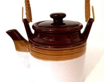 Vintage ceramic tea pot | Pottery teapot