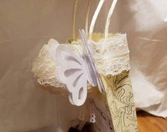 10 pcs Personalized Wedding Favor Bags - Ivory Rose with Ivory Background