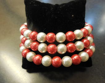 School Spirit Glass Pearl and Memory Wire Bracelet