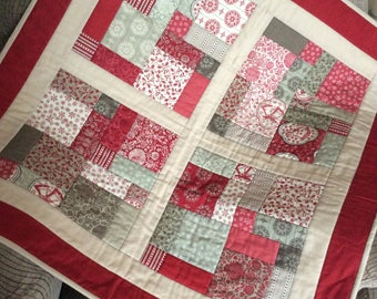 French General Christmas Patchwork Quilt
