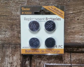 CR2032 Darice Button Replacement Batteries 4 Pack 3 Volt Battery Operated Tea Lights and Candles
