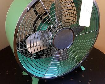 Green personal Fan